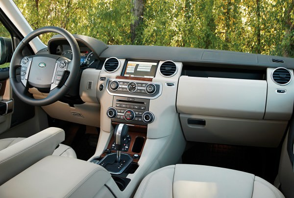 NUVO Magazine: The Land Rover LR4.