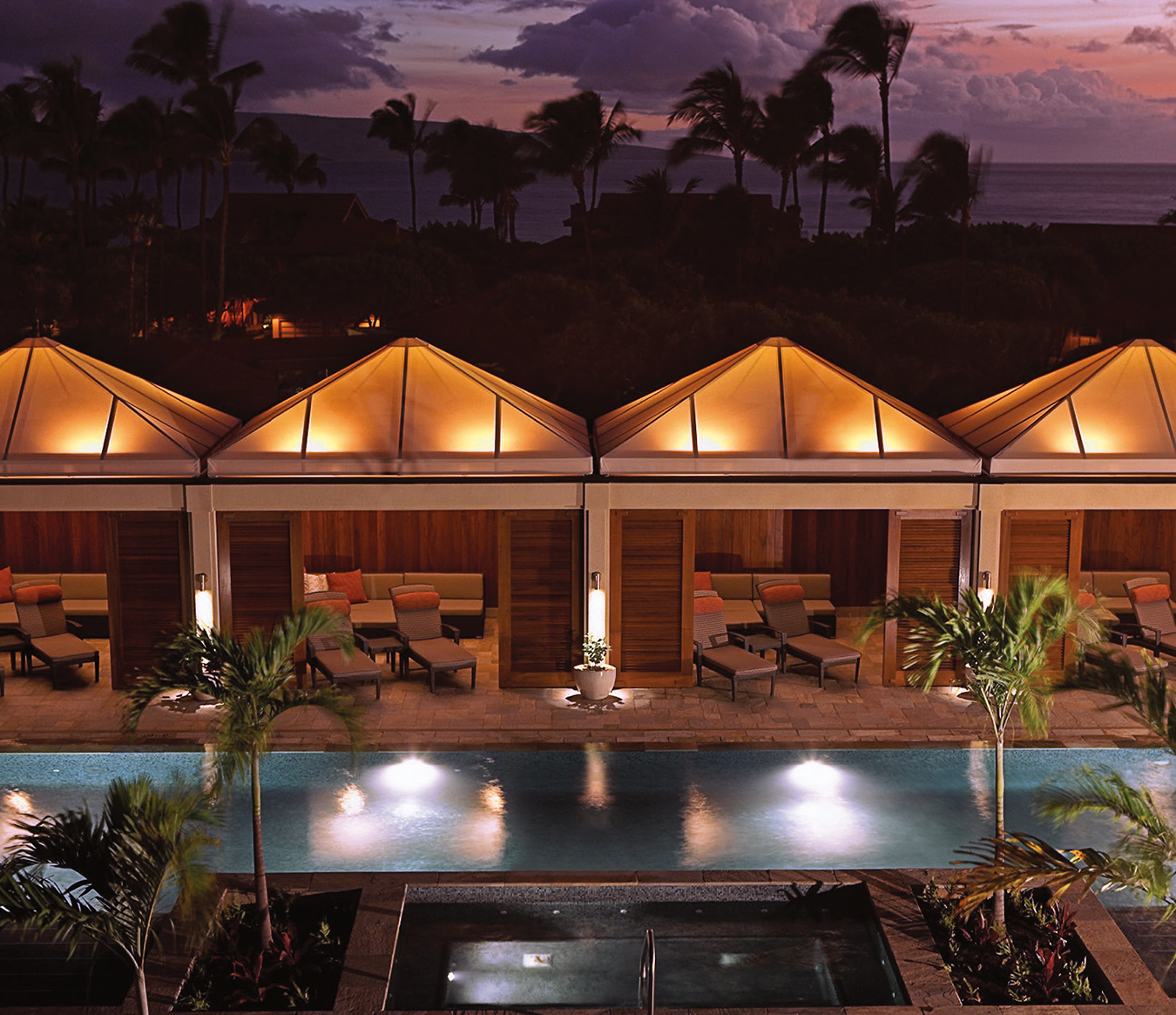 NUVO Magazine: On The Road In Maui