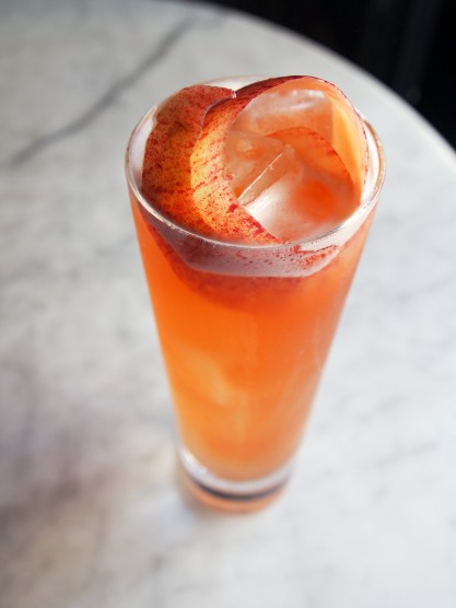 9 Autumnal Cocktails for Cold Weather Relaxation