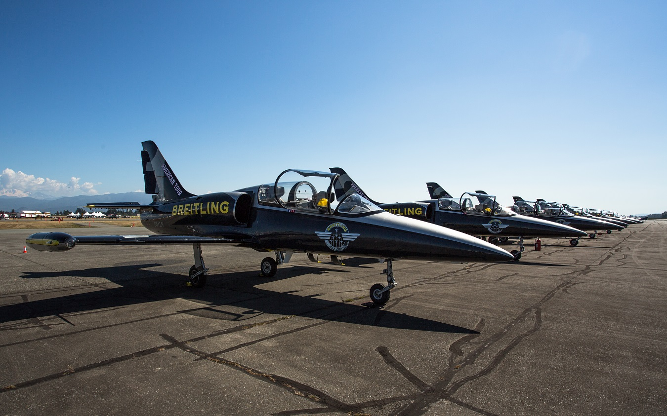 Daily Edit: Riding Shotgun with the Breitling Jet Team