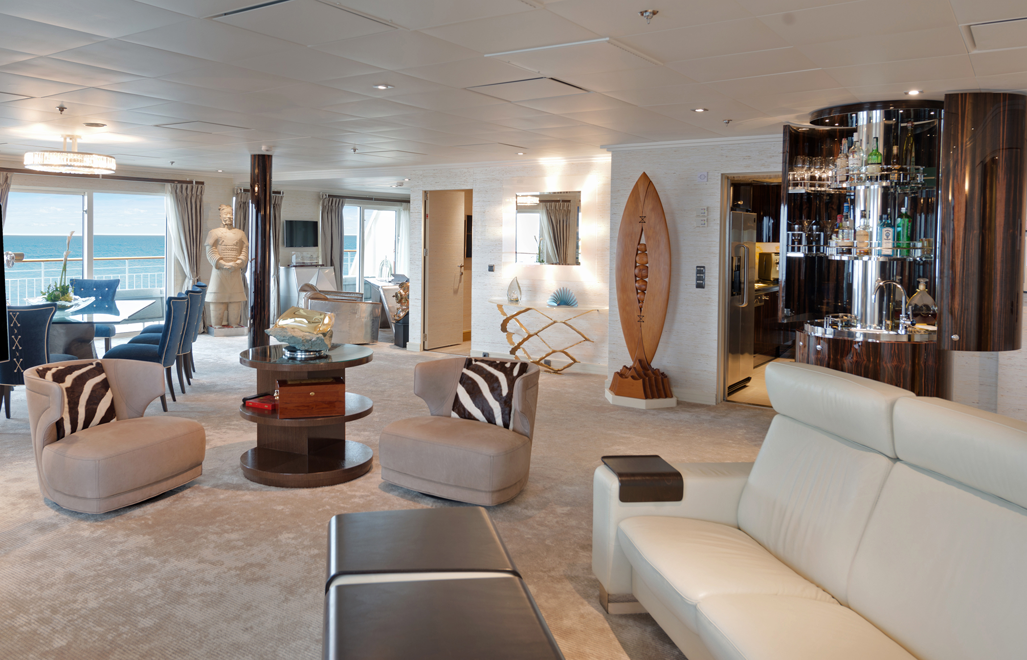 The World Residences at Sea, Daily Edit