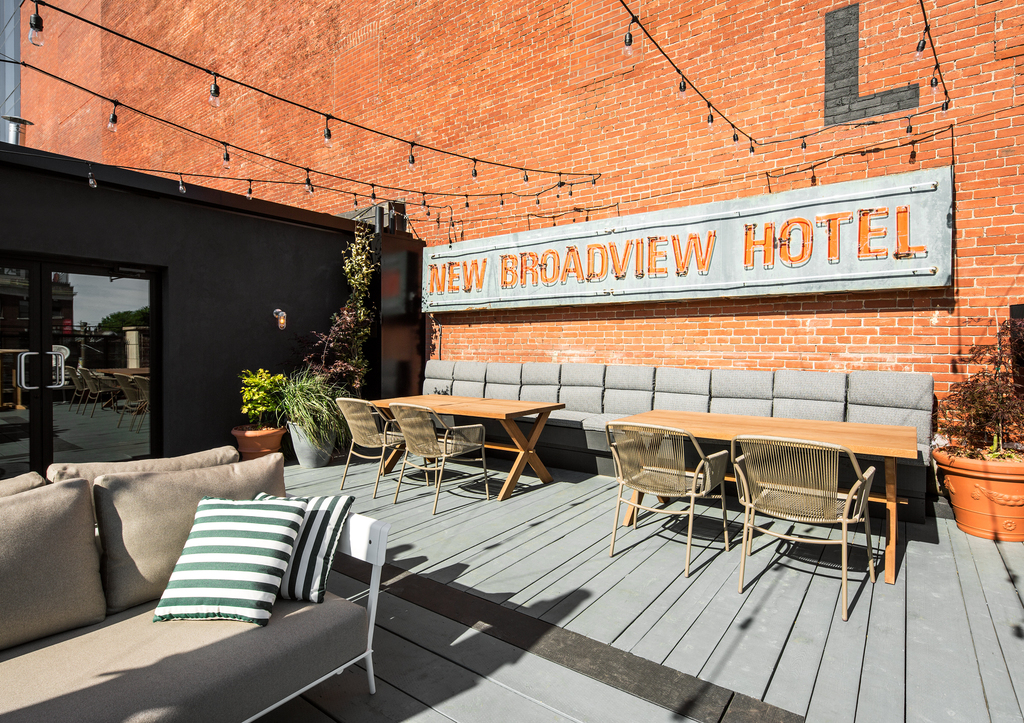 Broadview Hotel, Daily Edit