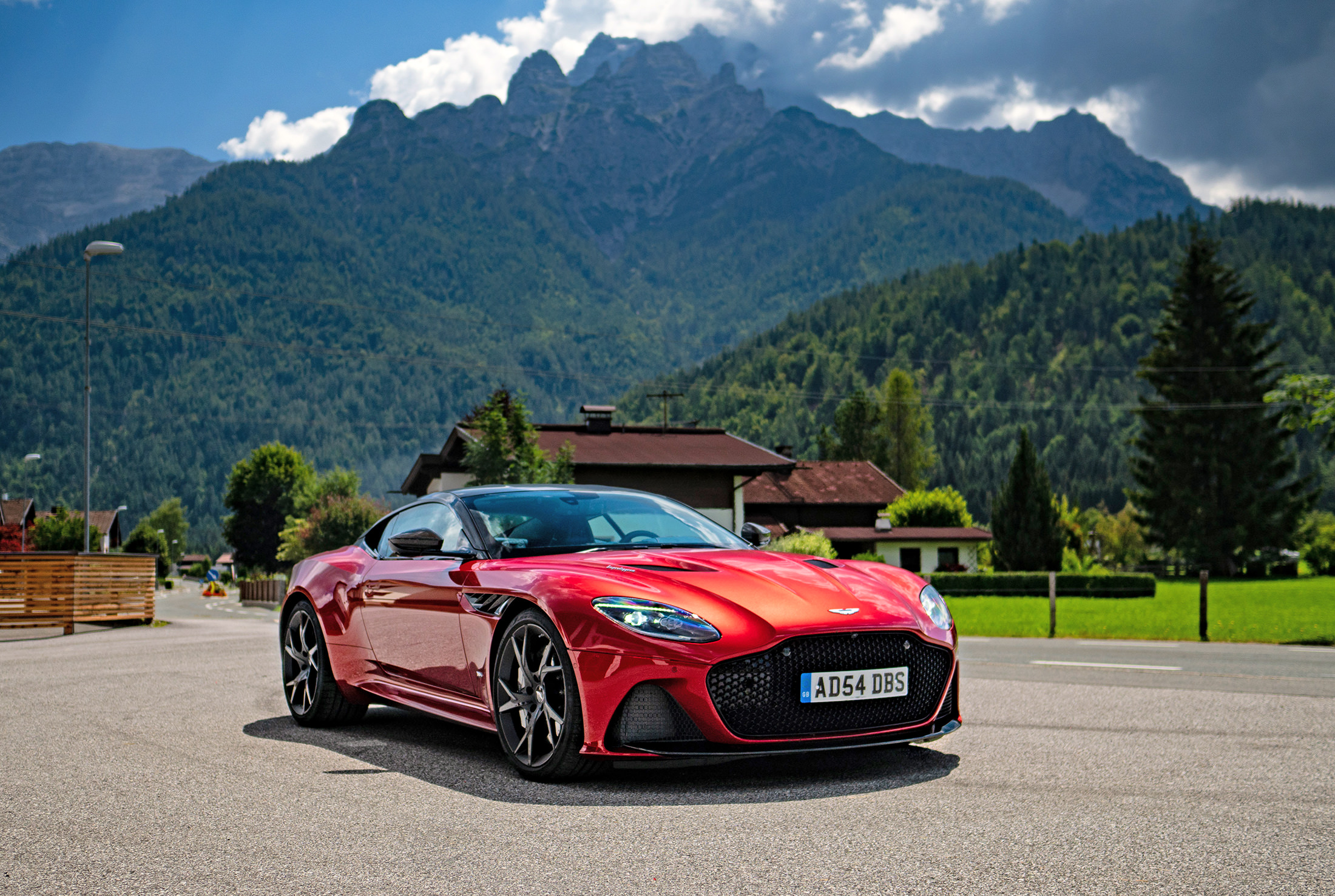 DBS Superleggera NUVO
