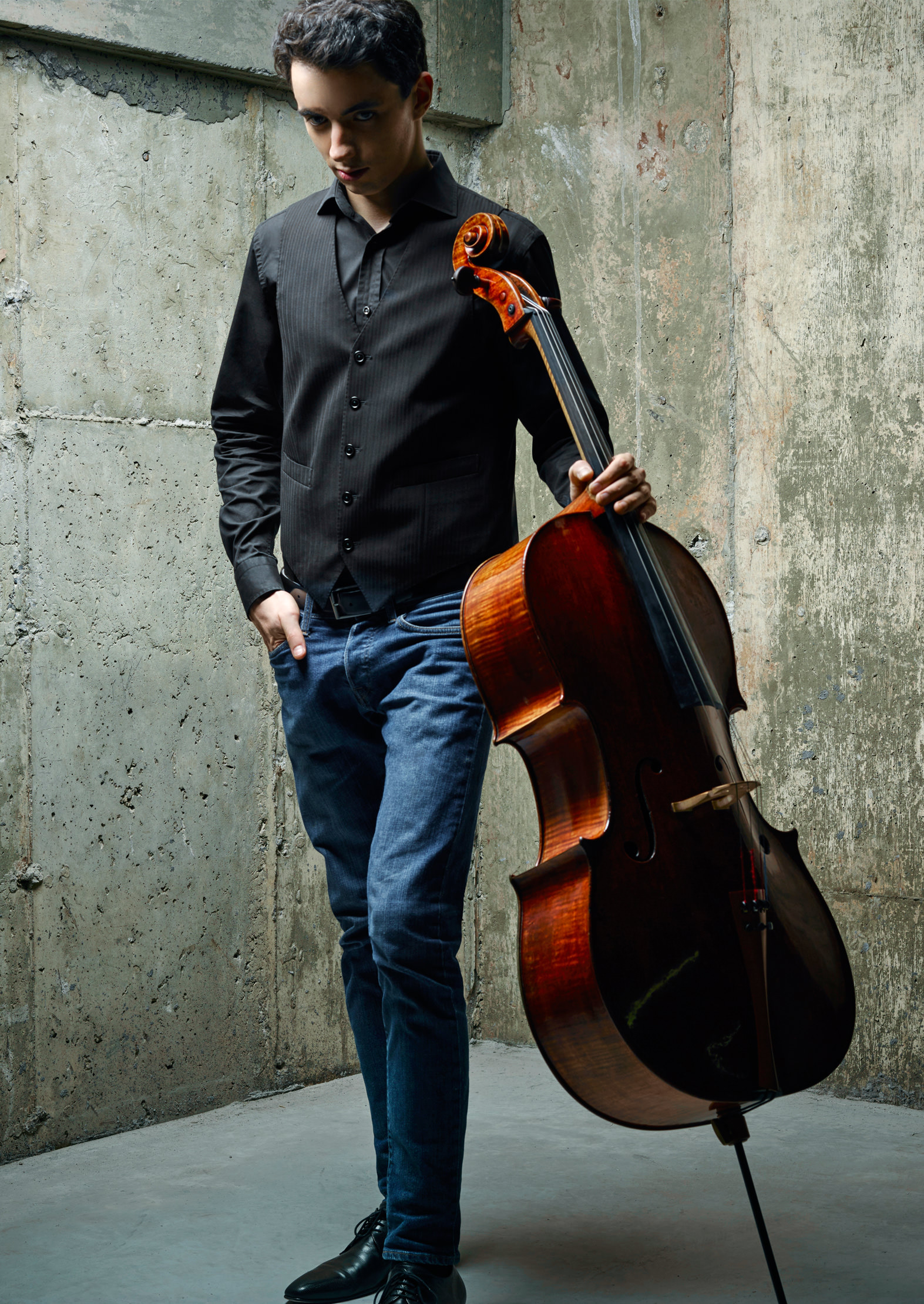 Montreal Cellist Stéphane Tétreault NUVO FYI Music Spring 2019