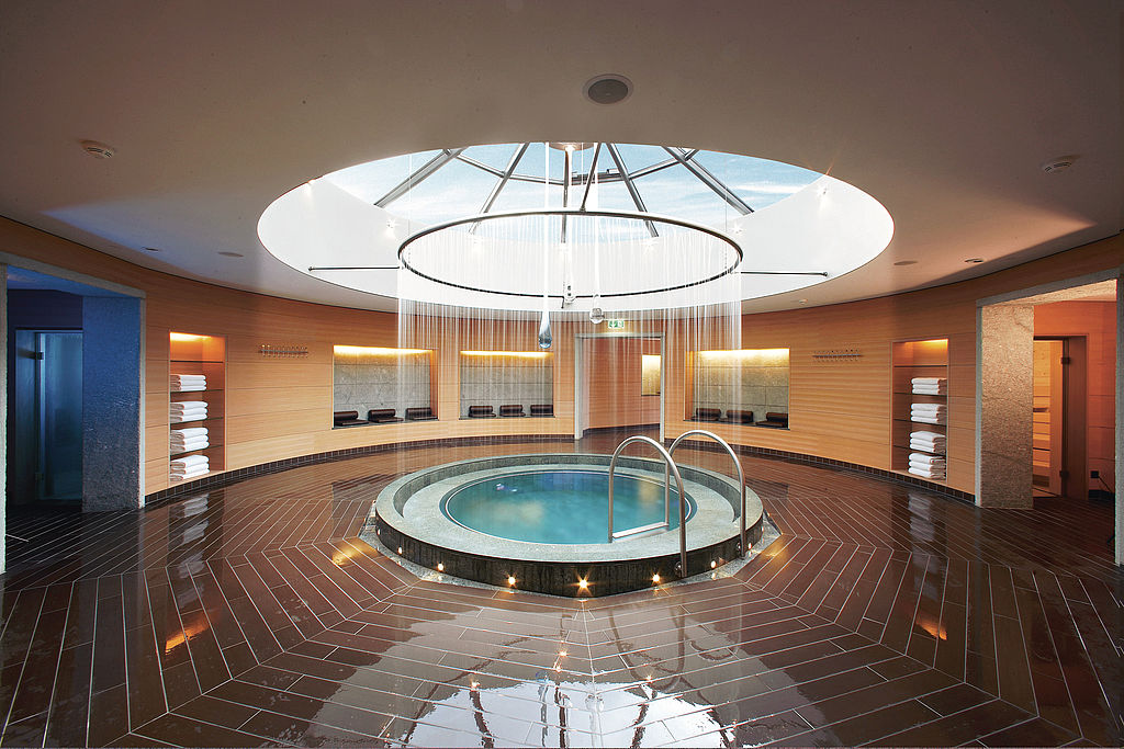 Thermal water jacuzzi.