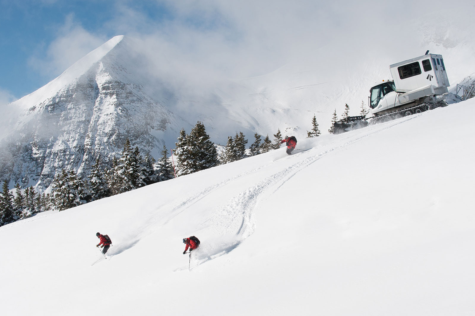 Private skiing excursions near crested butte.