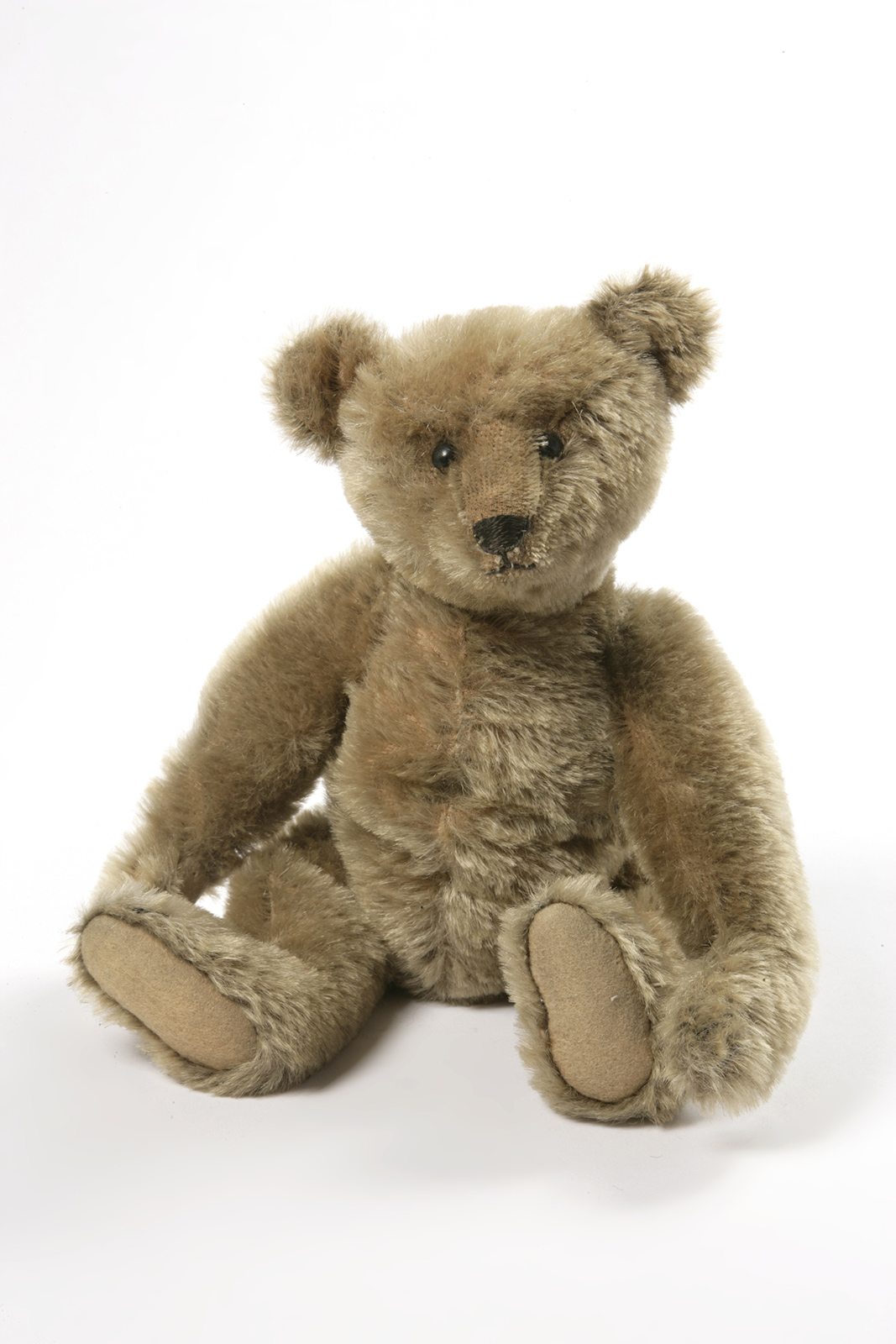 Early teddy bear named after Winnie
