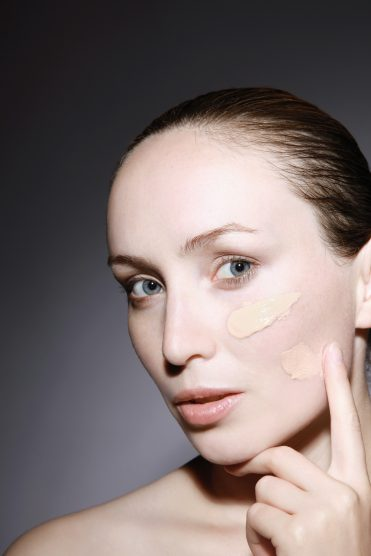 Everything You've Ever Wanted to Know About Applying Foundation