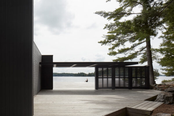 Home of the Week: Muskoka Boathouse by Akb