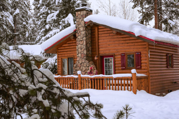 8 Alberta Chalets and Cabins to Cozy Up in This Winter