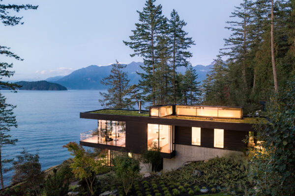 Home of the Week: Bowen Island House by omb