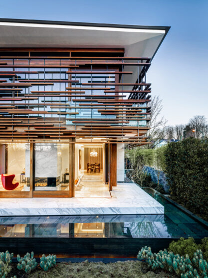 Home of the Week: Floating House by Arno Matis Architecture