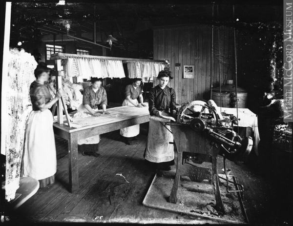 montreal garment district history
