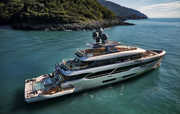 Benetti's Oasis 40 Is the One to Beat