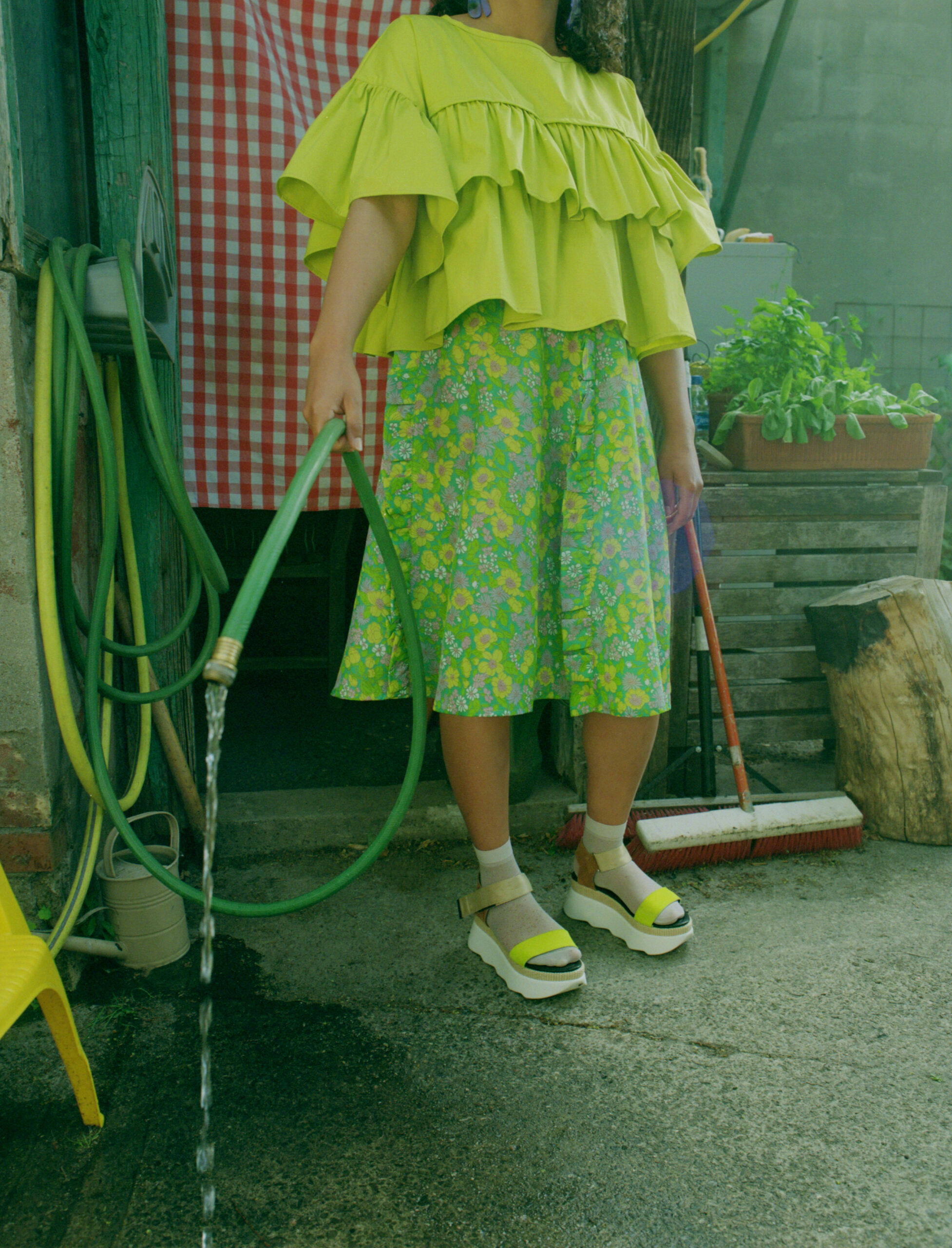 Green flower dress with hose.
